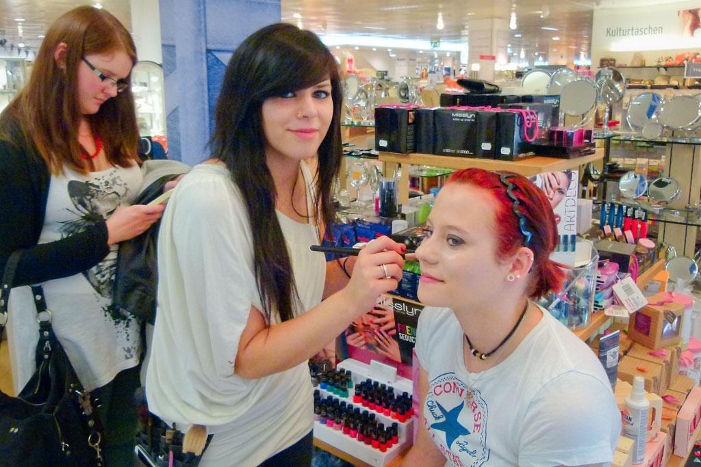 Make Up Artist Und Visagistin Ausbildung Make Up Academy: Ausbildung Make-Up-Artist • Kosmetikschule Hagen
